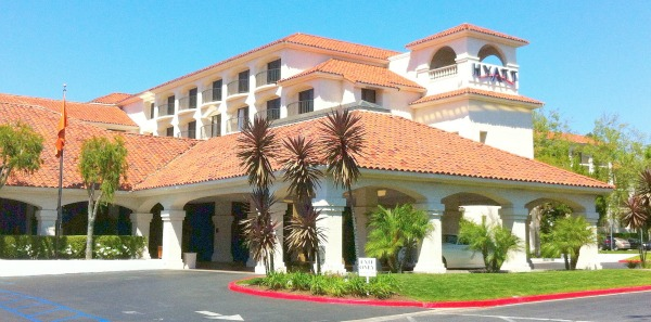 picture of hotel in california